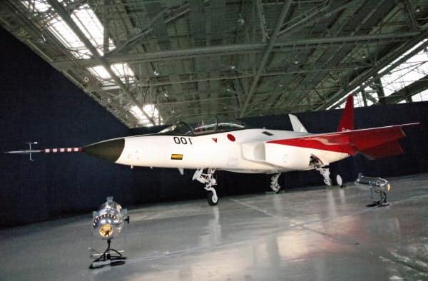 日本は機体やエンジンでは着実に自主開発力をつけつつある(写真は先進技術実証機X2=AP)