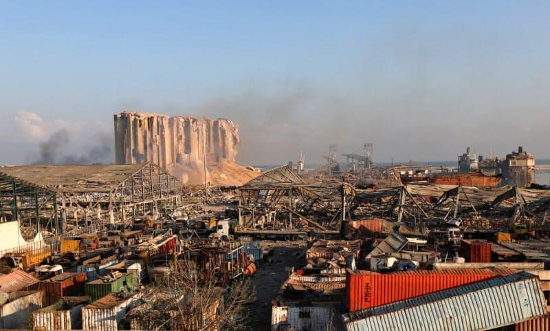 レバノン爆発、経済危機に追い打ち 死者135人に
