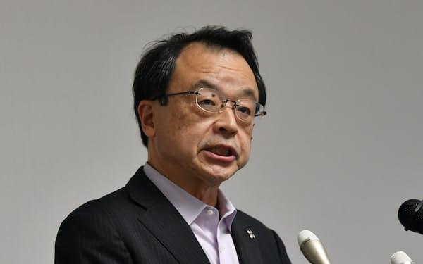 就任の記者会見をする林真琴検事総長(7月17日、東京・霞が関)