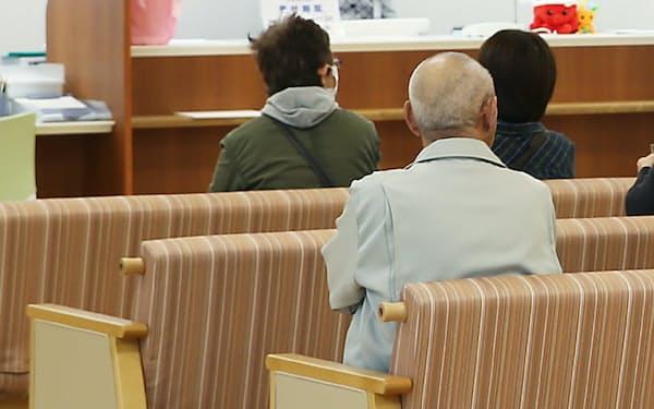 高齢期になると一般的に医療費は増えやすいが…