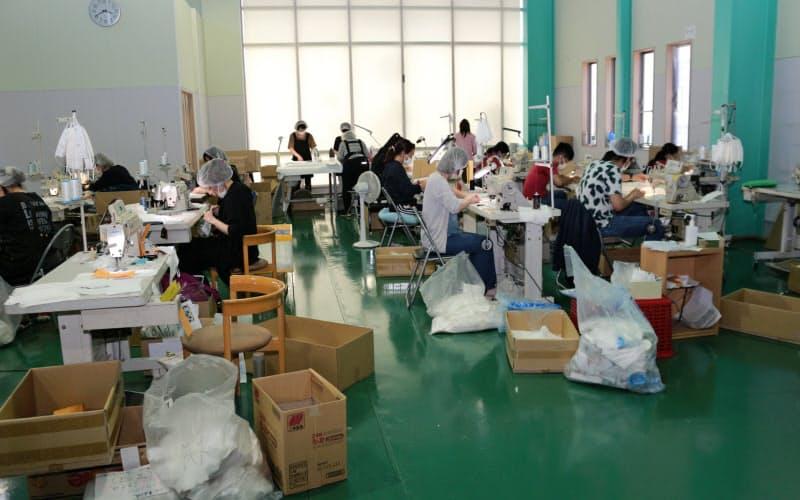 マスクの縫製や検品の作業場を設置した(福井県坂井市の小杉織物)