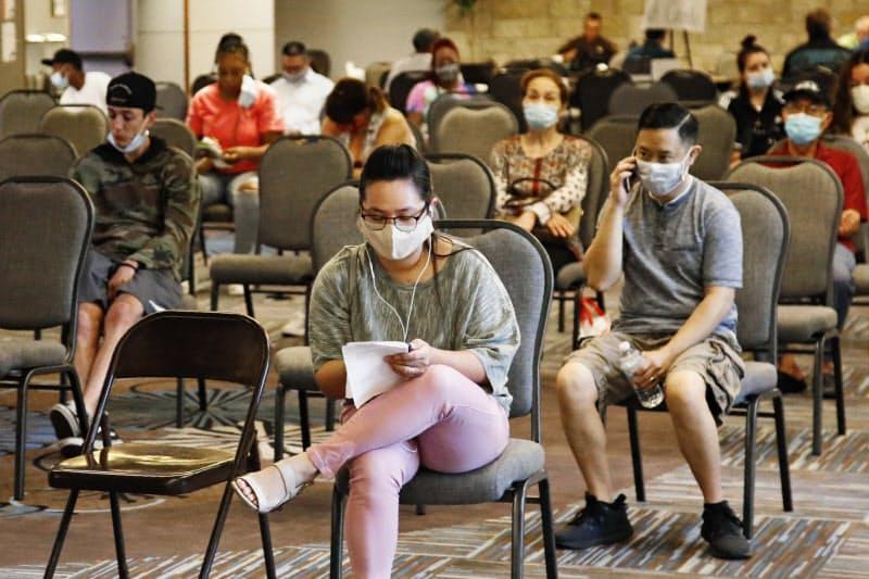 米失業率7月、10.2% 小幅改善