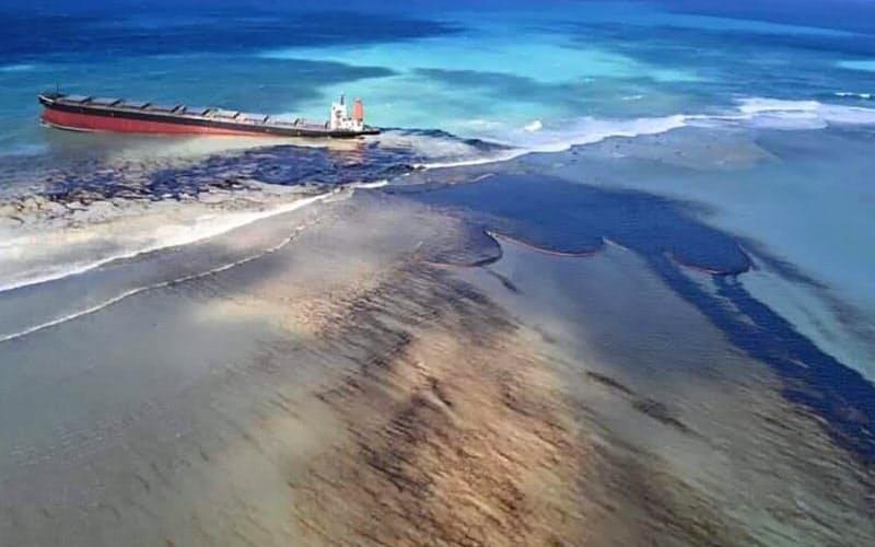 インド洋貨物船座礁 商船三井、重油回収でチーム派遣