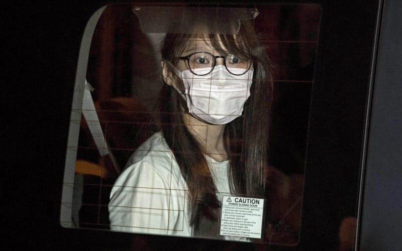 香港紙創業者ら逮捕、国安法違反で 活動家の周庭氏も