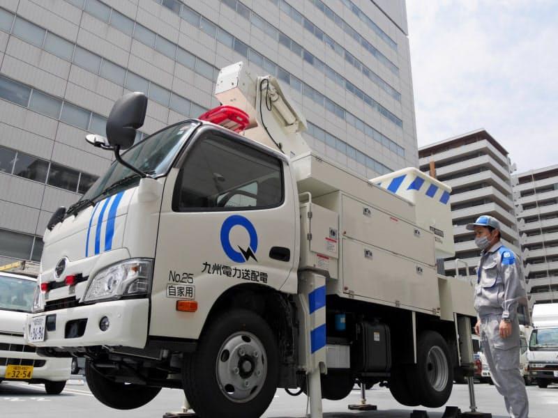 福岡西配電事業所には、電線などの保守点検をする工事用車両も多く抱える