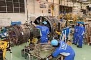 IHIの業績は航空産業の打撃の影響を受けた(東京都瑞穂町のIHIの航空エンジン工場)