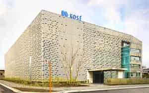 創業の地に開いた先端技術研究所で量子コンピューター活用の研究が進む(東京都北区)