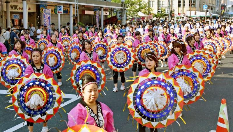 鳥取のお盆の伝統行事「鳥取しゃんしゃん祭」も今年は中止になった