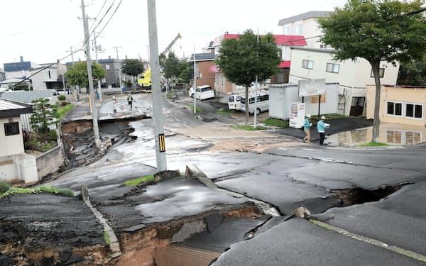 北海道地震で陥没した札幌市清田区の住宅地は盛り土造成地だった。