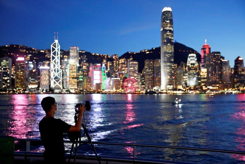 多くの企業が国家安全法を懸念している(7月、香港)=ロイター