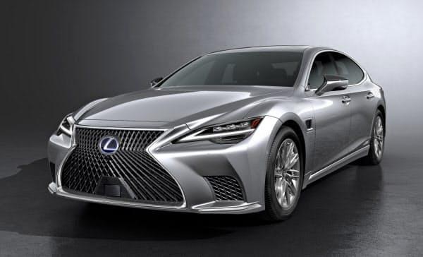 「レクサス」の最上級セダン「LS」の新型車。自動運転などの先進技術を結集させる。