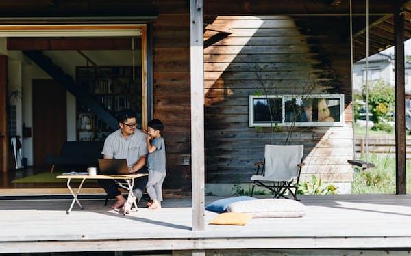 スノーピークではアウトドア用の椅子や机で在宅勤務向けの販売が増えた