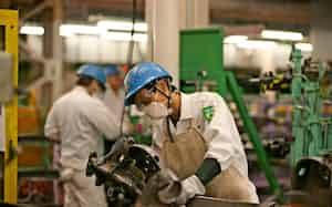 エフテックは部品の分散生産を検討する(写真は埼玉県の久喜事業所)