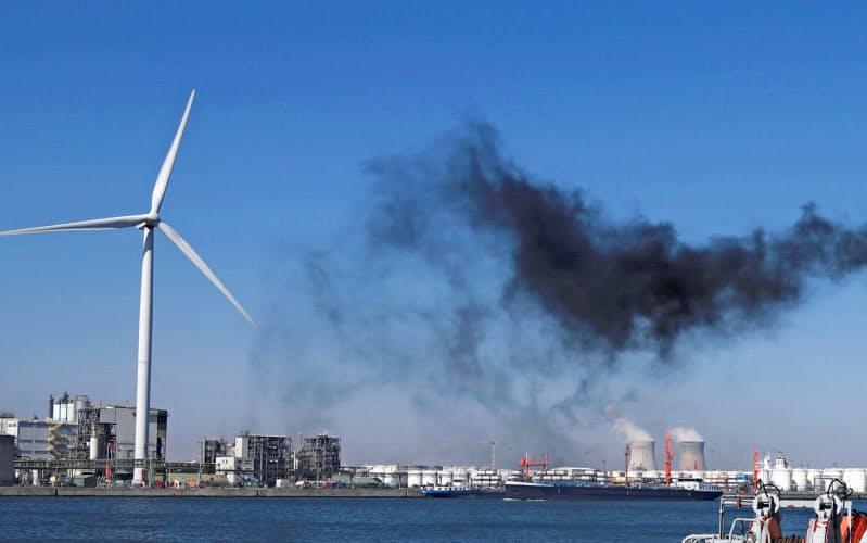 気候変動の問題は企業の財務リスクとなる一方で、成長の機会にもなりうる(写真はロイター)