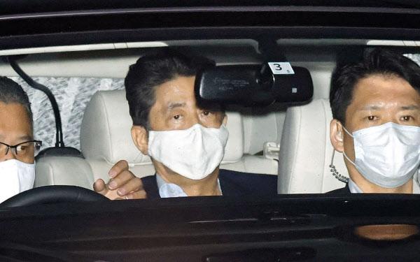 安倍首相(8月17日)=共同