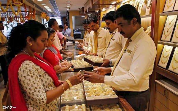 インド人は貯蓄資産として預金より金や不動産を選好する。暗号資産も貯蓄手段として広がる可能性がある。