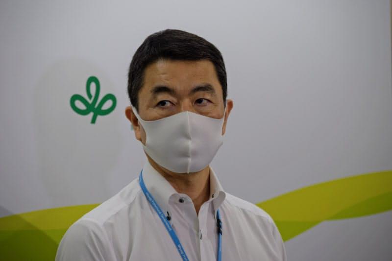 村井知事は「町議会の意思と受け止めている」と話した。(19日、県庁)