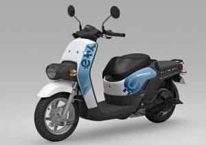 ホンダの電動バイクを大学の学生や教職員を対象に20台貸し出す