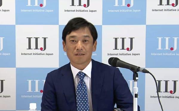 オンライン会見に出席したIIJの矢吹重雄MVNO事業部長