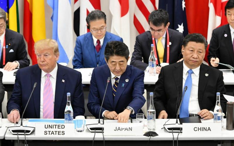 安倍首相は首脳外交や安全保障政策の見直しを精力的に進めた