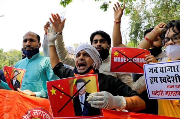 インドは中国企業の締め出しを強めている=ロイター