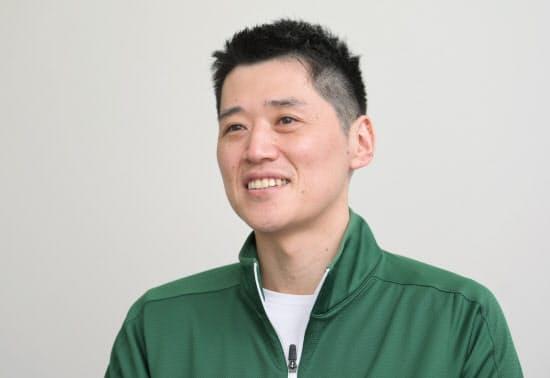 毎日の練習から映像クリップを作成する。渋沢栄一の名言も説くなど、選手を成長に導く努力を惜しまない