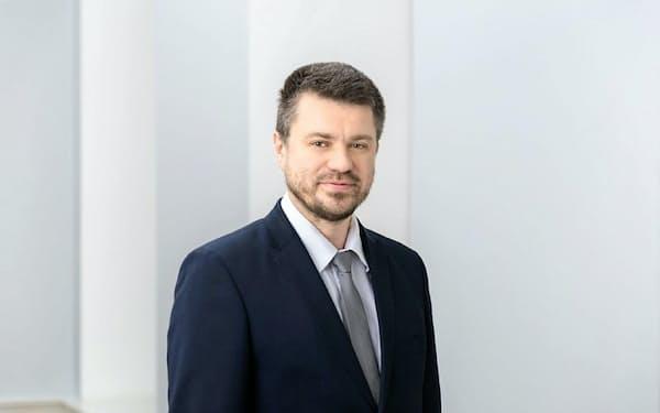 エストニア外相ウルマス・レインサル
