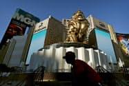 米カジノ大手MGMリゾーツでは客足の回復が遅れている(ラスベガス市)=AP