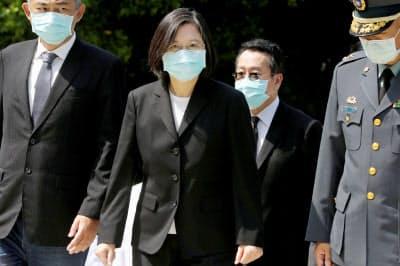 台湾の蔡総統は、訪台するチェコの上院議長と会談を予定する=ロイター