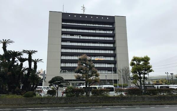 静岡市が移転・新設する計画を延期した清水庁舎(静岡市内)