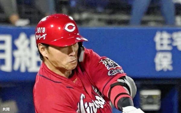 長野は8月、26試合中22試合に先発し勝負強さを発揮した=共同