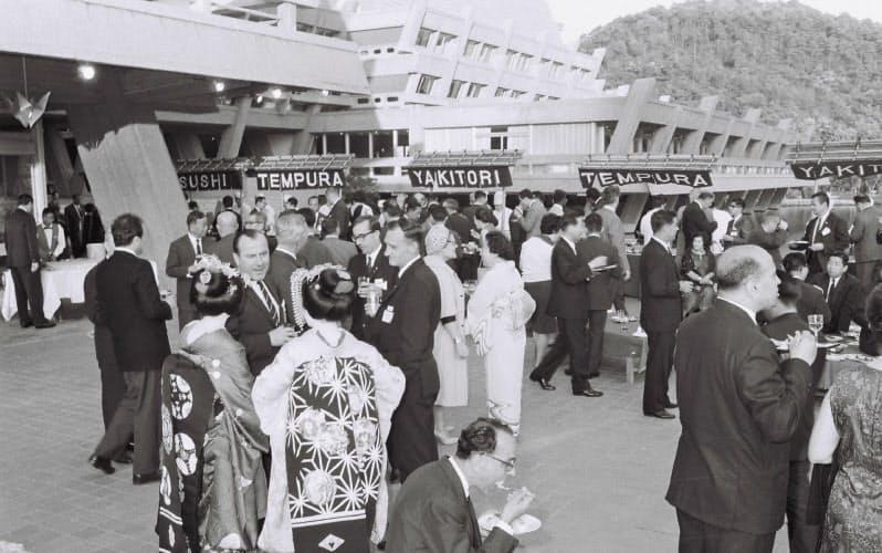 1968年、京都国際会館で万博開催に向けた政府代表会議が開かれた