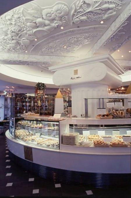 「ミクニ」のパンは人気を集めた