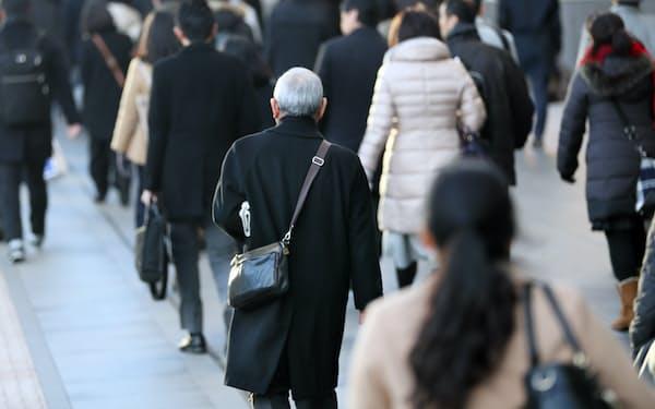 働き方改革で高齢者や女性の就業率は上がったが・・