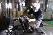 炭素繊維強化プラスチック(CFRP)部品の開発期間を短縮する