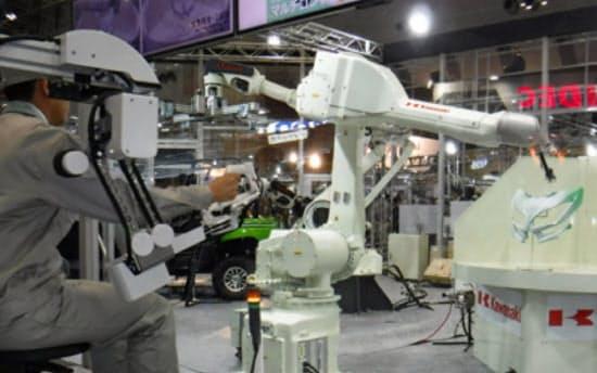 ロボットを5Gの無線通信でも遠隔操縦できるか確かめる