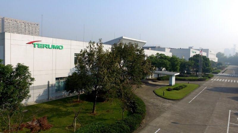 テルモは1995年に杭州工場(浙江省杭州市)を立ちあげ中国での事業に本格参入した