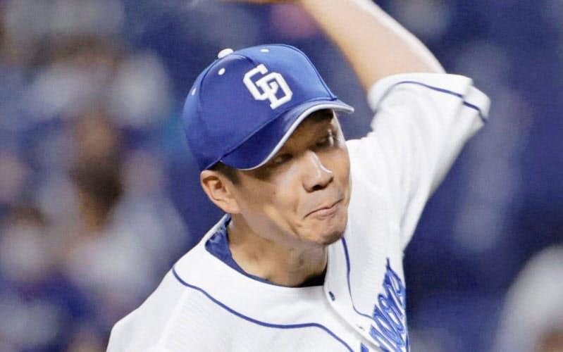 完封で5試合連続完投勝利を果たした中日・大野雄(1日)=共同