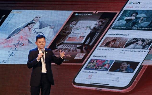 タイでの動画配信サービス開始を発表する中国・テンセント(2019年6月、バンコク)=三村幸作撮影