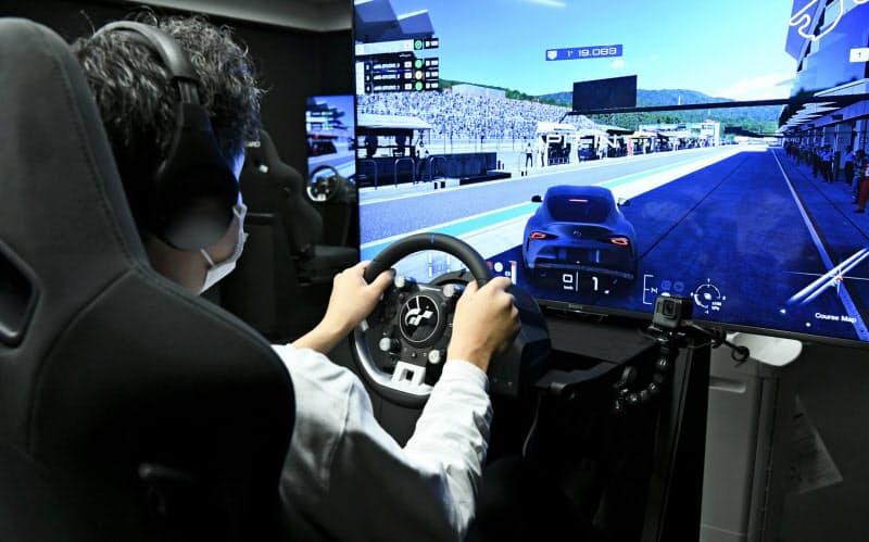 自動車レースゲームの運転シミュレーター