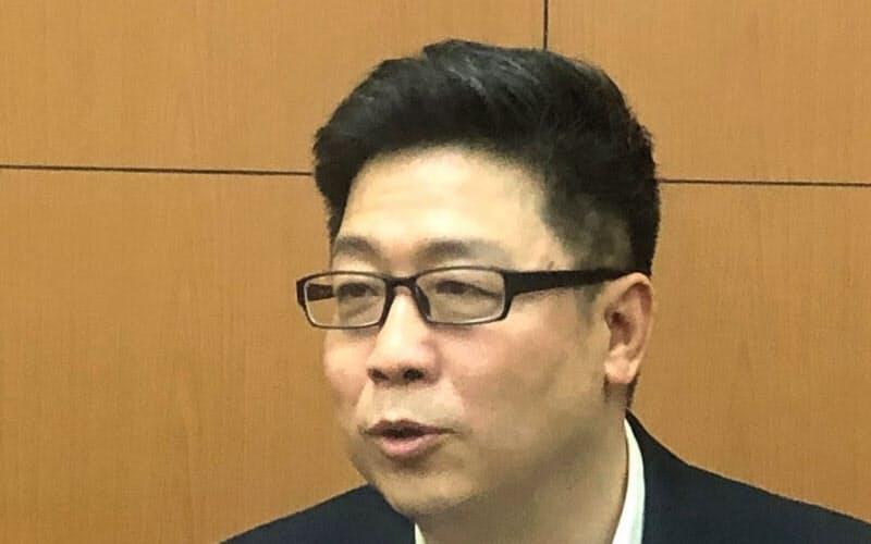 よう・はくこう 国際関係学院卒、法学博士。日本政治、日中関係、北東アジアが専門。中国を代表する日本研究者の一人。55歳