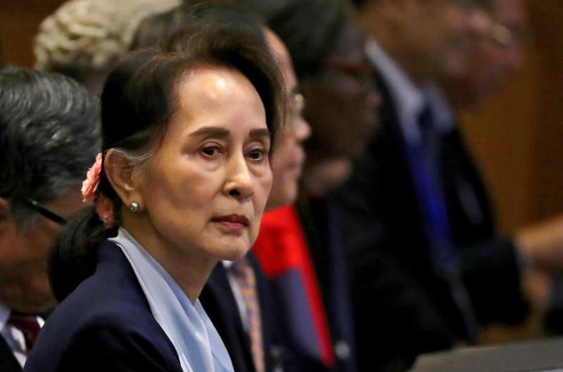 2019年12月、オランダ・ハーグの国際司法裁判所に出廷したミャンマーのアウン・サン・スー・チー国家顧問=ロイター