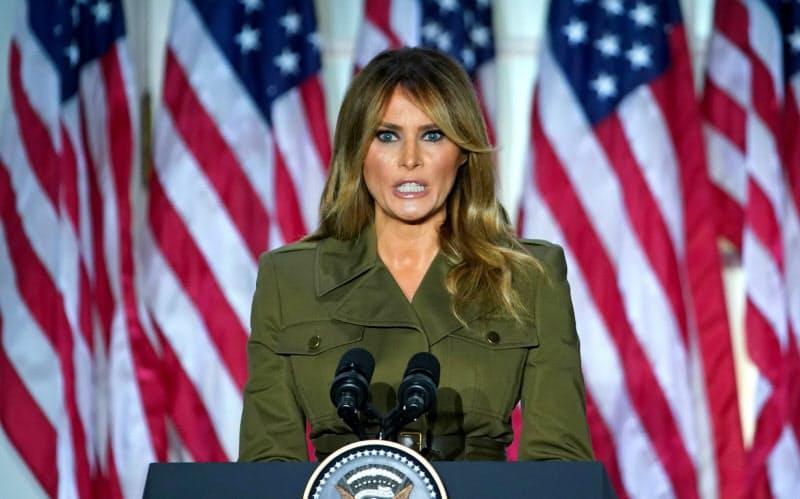 メラニア・トランプ米大統領夫人は、異例の存在として注目を集めている=ロイター
