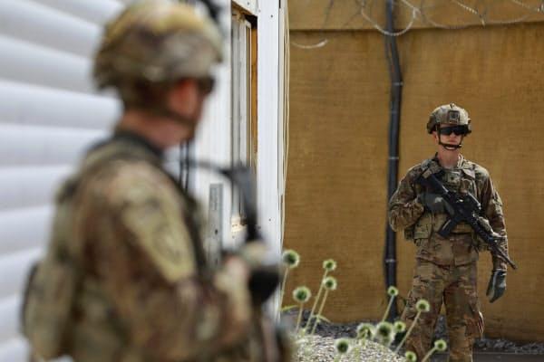 イラクの駐留米軍は情報収集や訓練などが主な任務(北部のキルクーク)=AP
