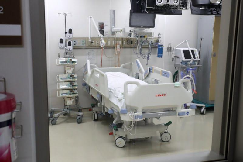 新型コロナの患者を受け入れる病床数は地域差が大きい