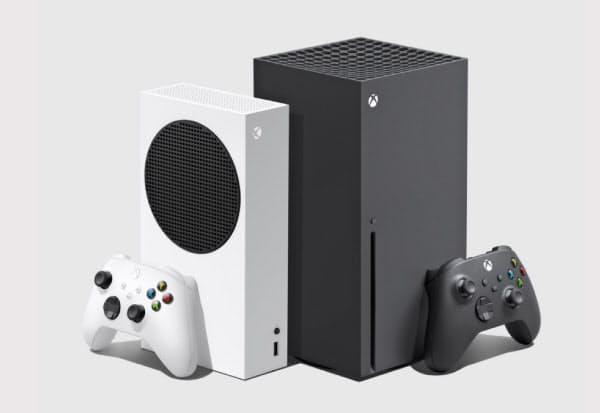マイクロソフトはXbox2機種を11月10日に発売する。右が主力機「シリーズX」