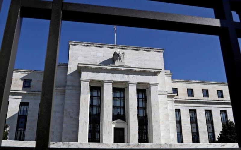 3月に米FRBが大胆な金融政策を発表して以降、社債発行が増えた=ロイター