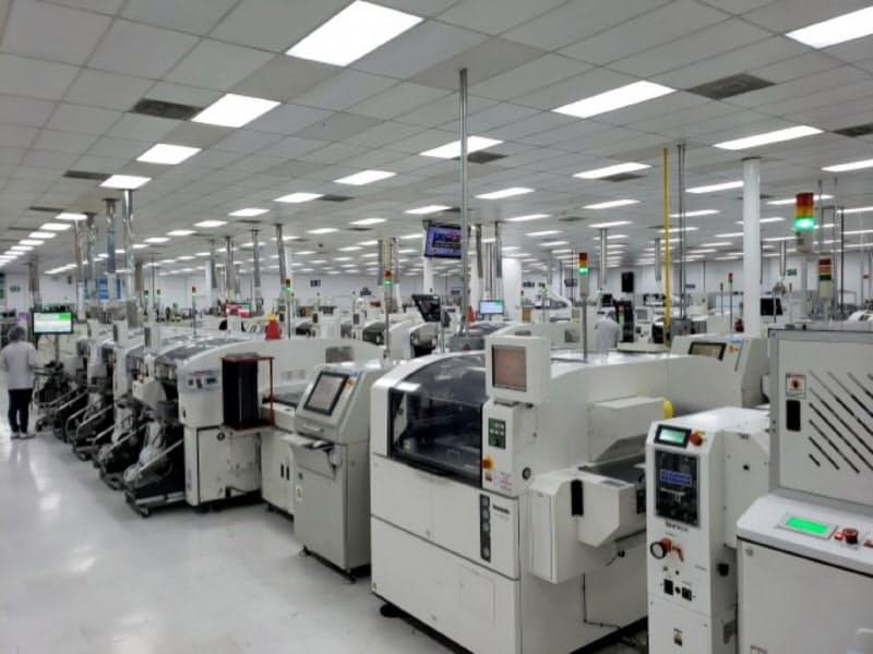 住友商事は子会社のスミトロニクスを通じて電子機器の製造受託サービスを展開している(メキシコの工場)