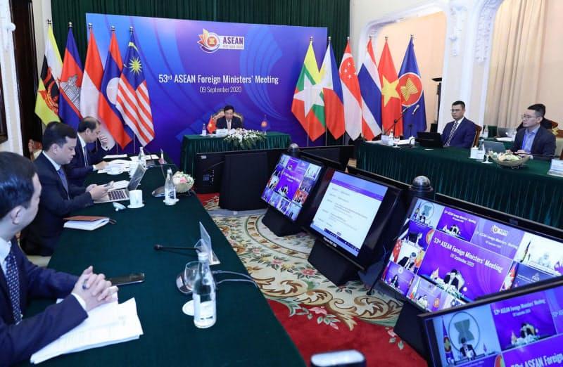 9日、オンラインで開催されたASEAN外相会議(ハノイ)