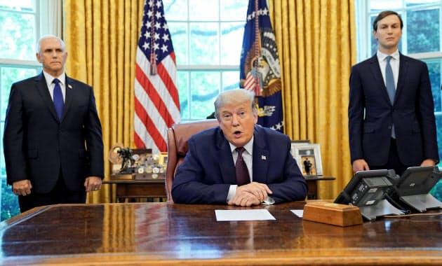 トランプ米大統領はバーレーンとイスラエルの国交正常化を発表した(11日、ホワイトハウス)=ロイター